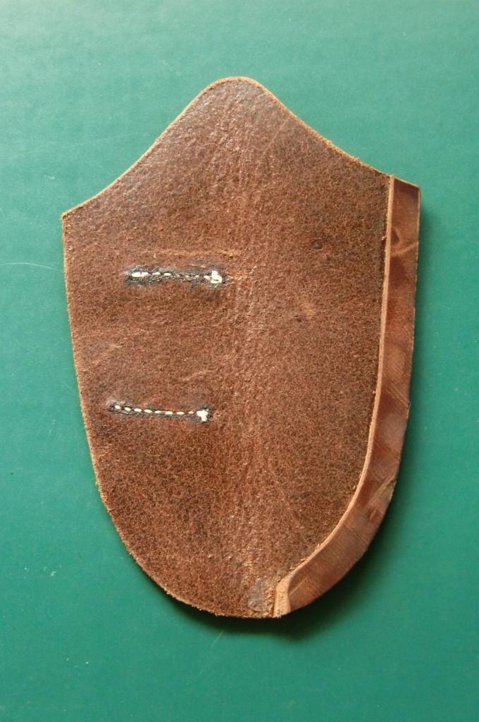 Schritt 8: Anfertigen einer Ledermesserscheide